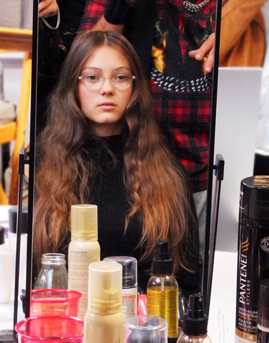 backstage secrets for diy model hair in the mirror at Steven Tai_Spring 2014 The shOws