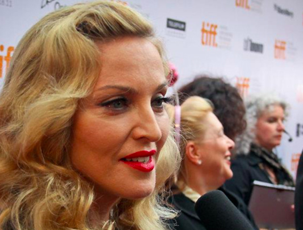 Madonna_TIFF 2011 red carpet