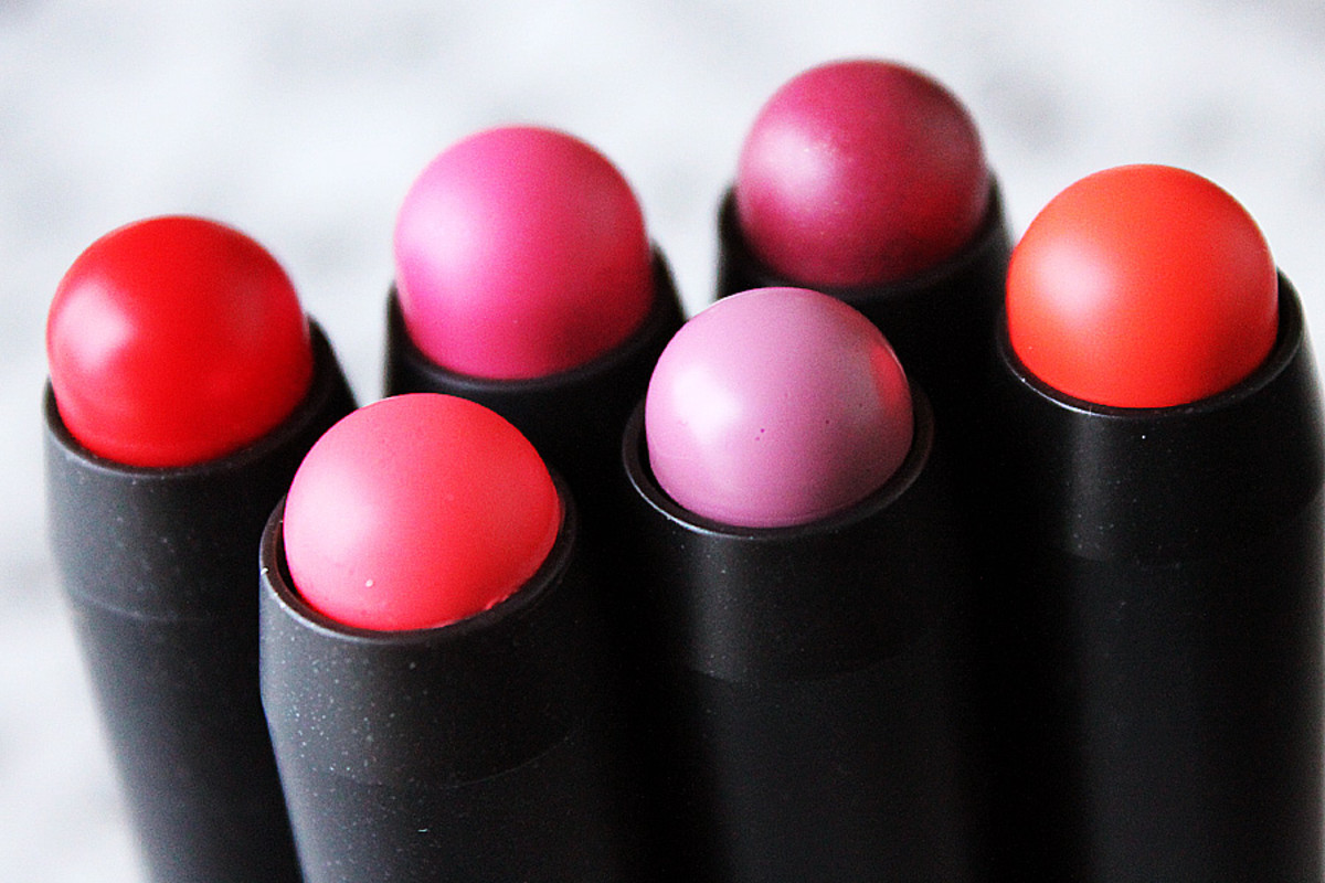 mac patentpolish lip pencils -- they look funny here... *grin*