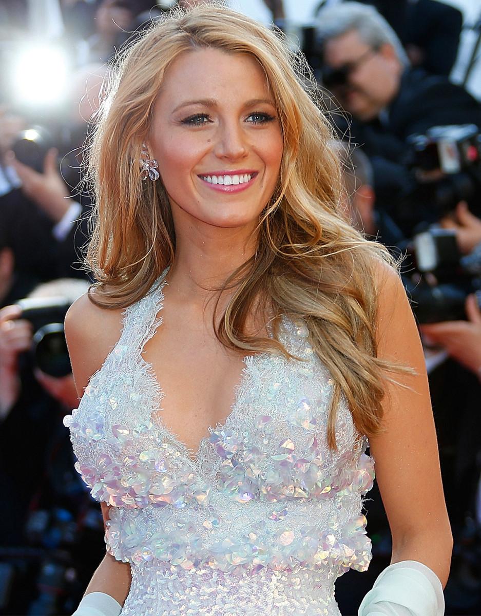 Blake-Lively-Chanel-Cannes-Film-Festival
