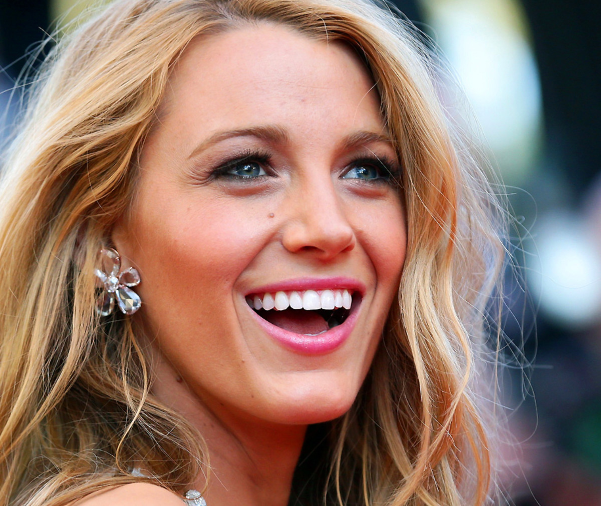 Blake Lively Totally Wins The Red Carpet Smile Award No