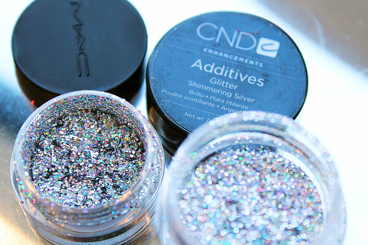katy perry prismatic nails_MAC Glitter 3D Silver_CND Additives Glitter Shimmering Silver
