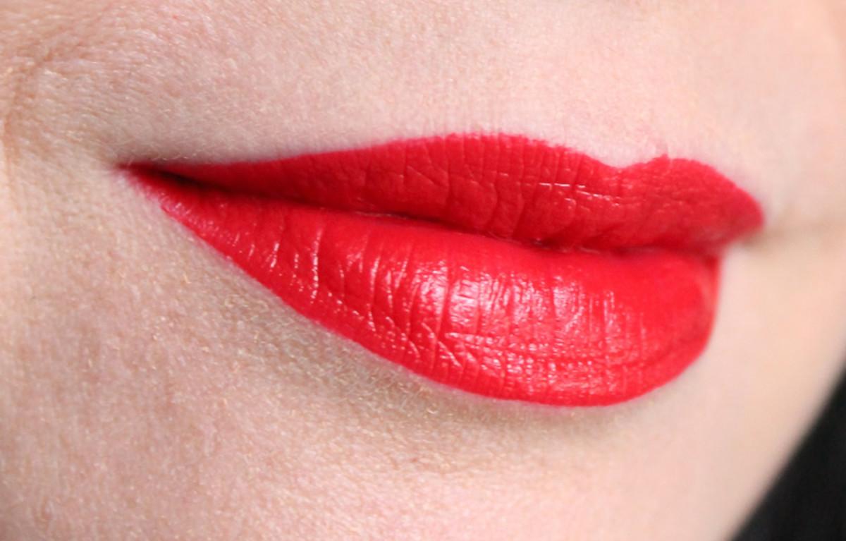 Essence Stay Matt Lip Cream in Silky Red
