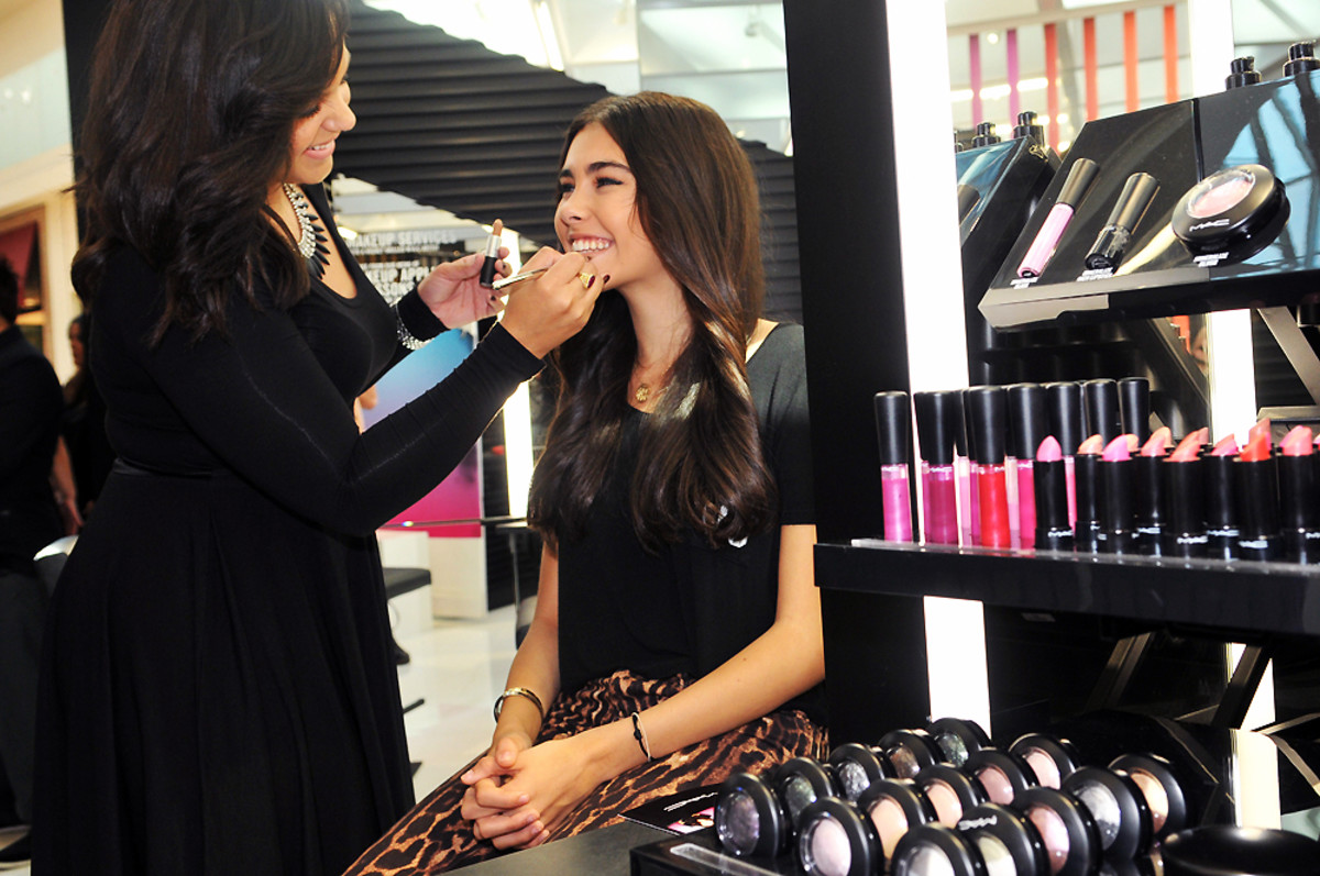 MAC Youth Stores: Makeup Boutiques for Tweens and Teens ...