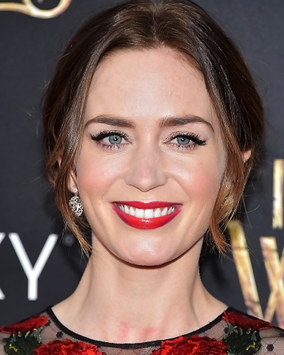 Emily Blunt_Into the Woods_premiere NYC_makeup.jpg