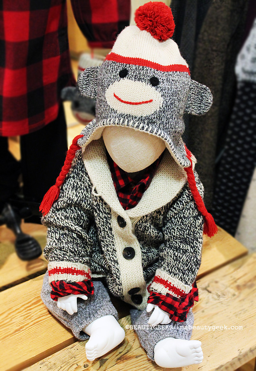 I'd wear this whole outfit if I could -- and look like a sock monkey (don't care)