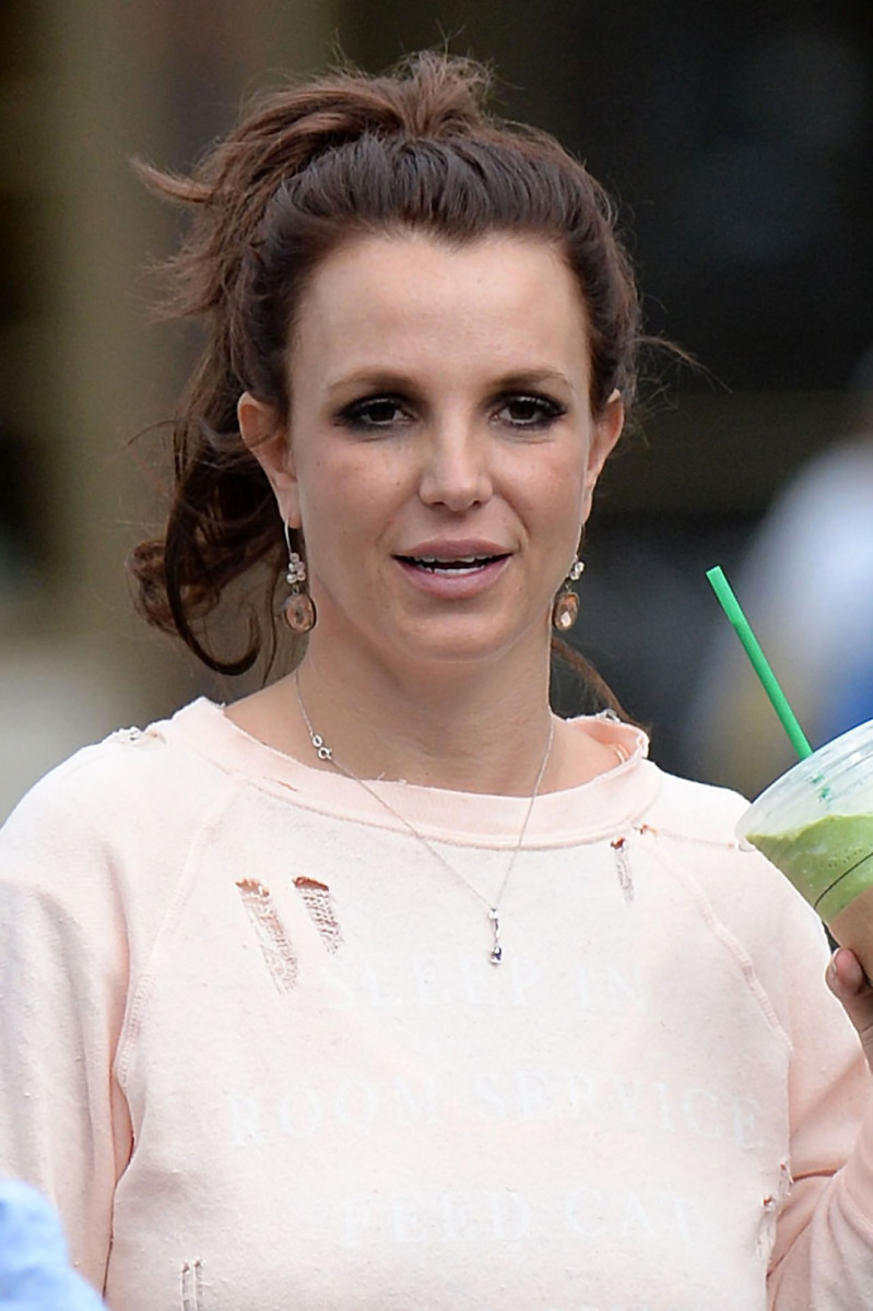 Britney Spears and her casual street-style nose.