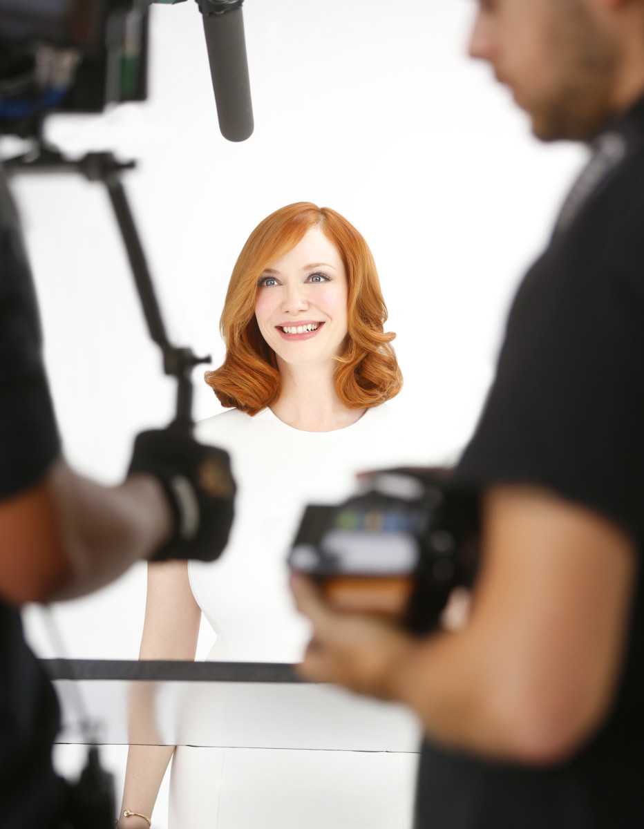 Christina Hendricks for Clairol Nice n Easy_behind the scenes