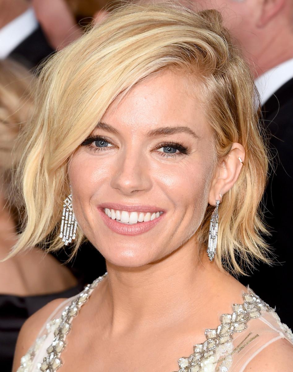 Sienna Miller makeup Golden Globes 2015_Charlotte Tilbury