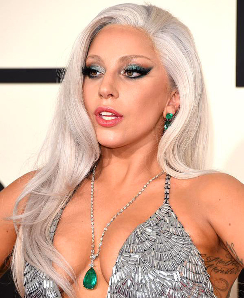 lady gaga eye makeup at the 2015 grammy awards