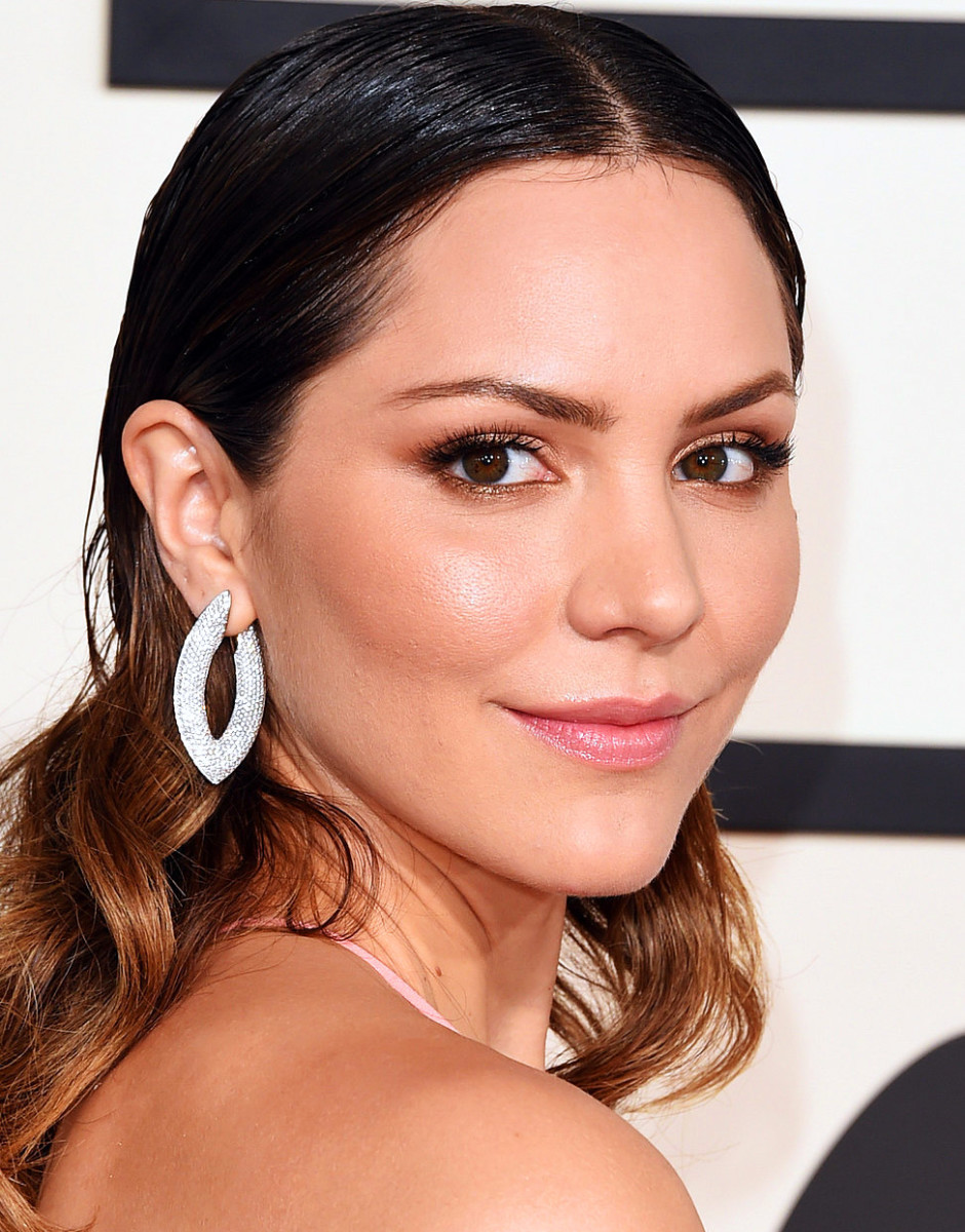 Katharine McPhee Grammy Awards 2015 makeup_inspiration for Valentine's Day