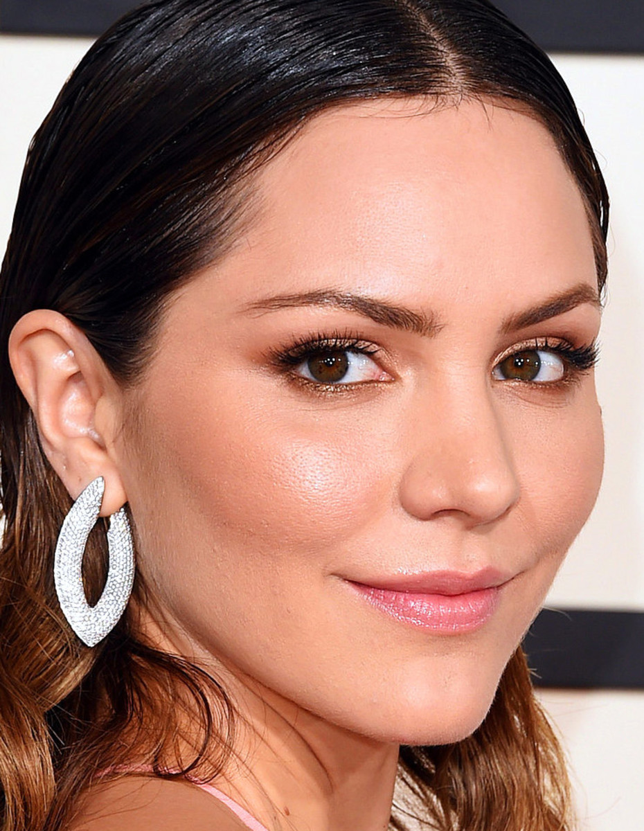 Katharine McPhee Grammy Awards 2015 makeup_perfect date-night makeup