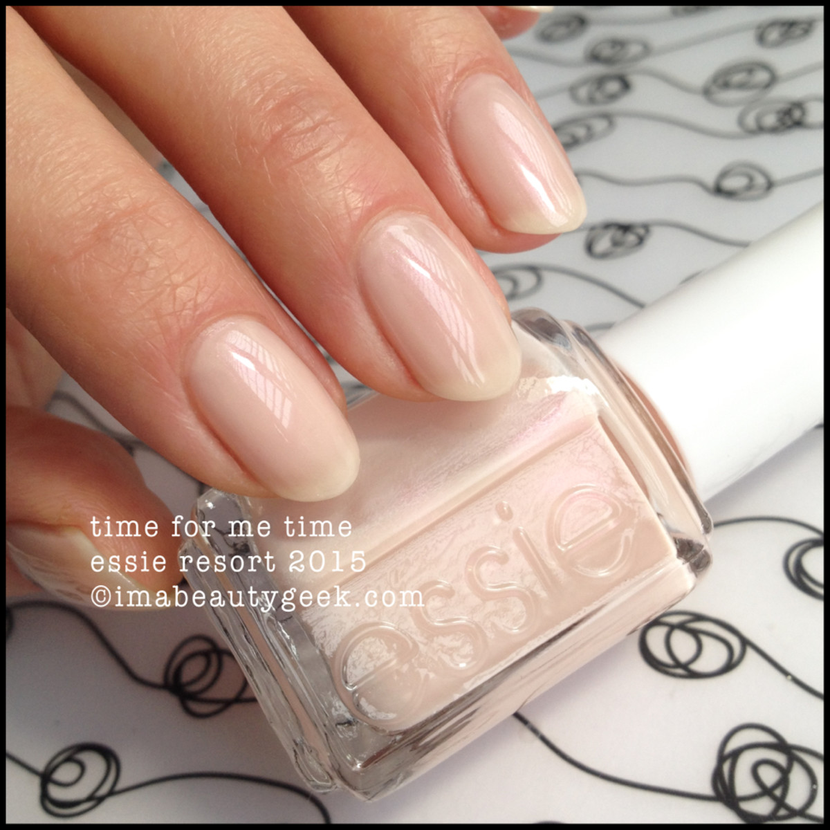 Essie resort 2015 Time For Me Time