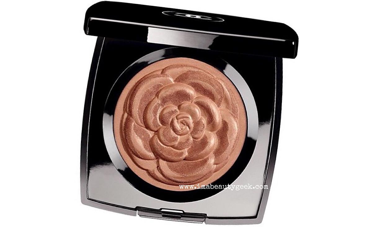Chanel Summer 2015 makeup: Méditerranée Lumière d'Eté Bronzing Powder in Golden Bronze