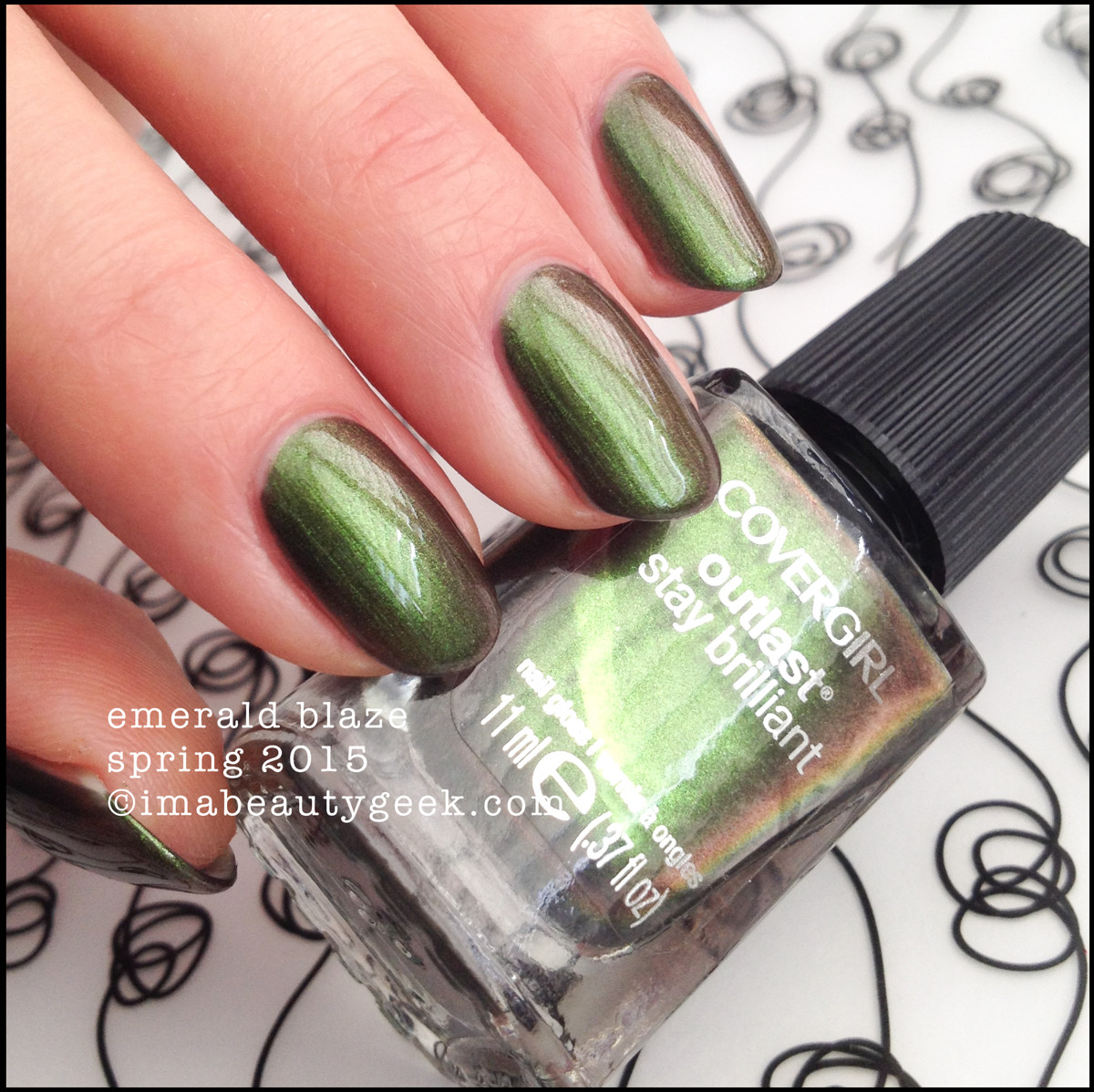 CoverGirl Nails Spring 2015_CoverGirl Emerald Blaze Outlast_2