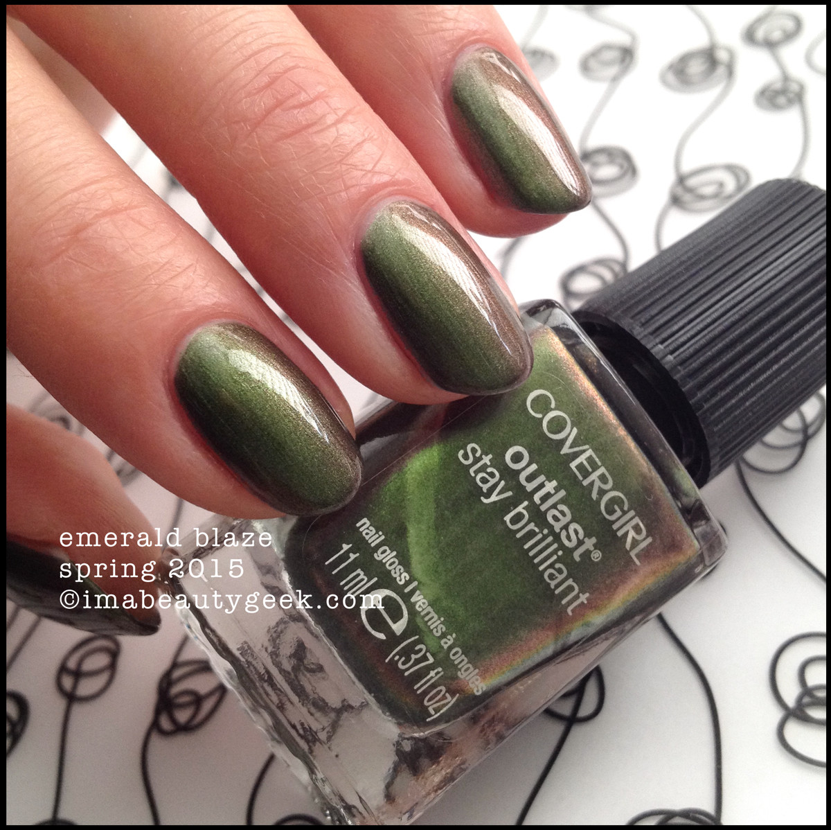 CoverGirl Nails Spring 2015_CoverGirl Emerald Blaze Outlast