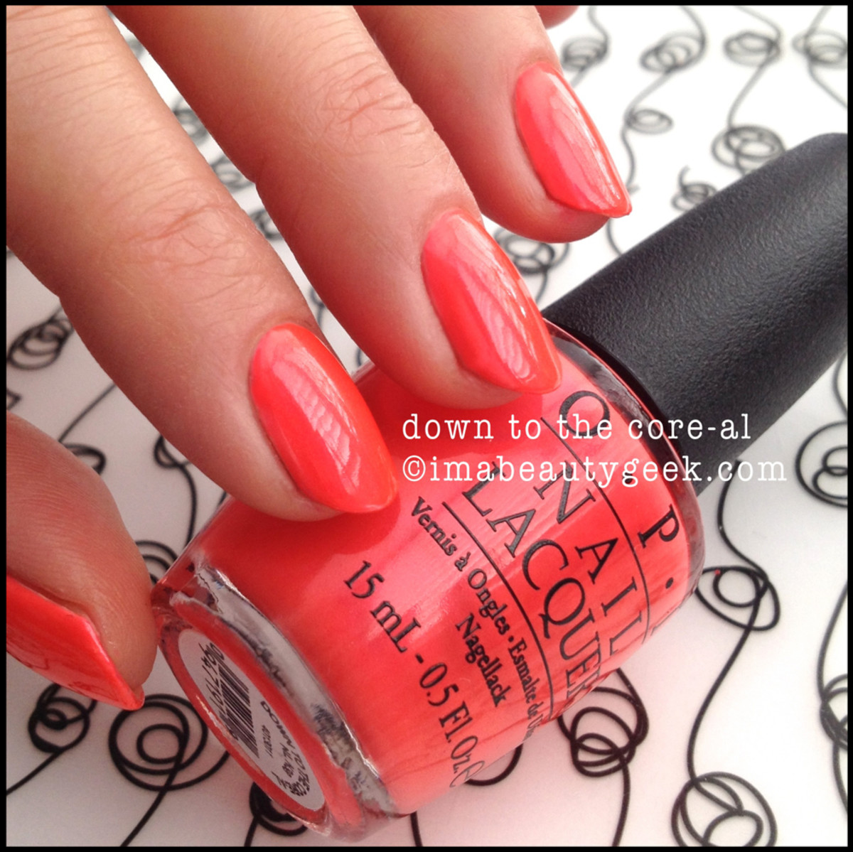 OPI Brights 2015_OPI Down to the Core-al Neon 2014