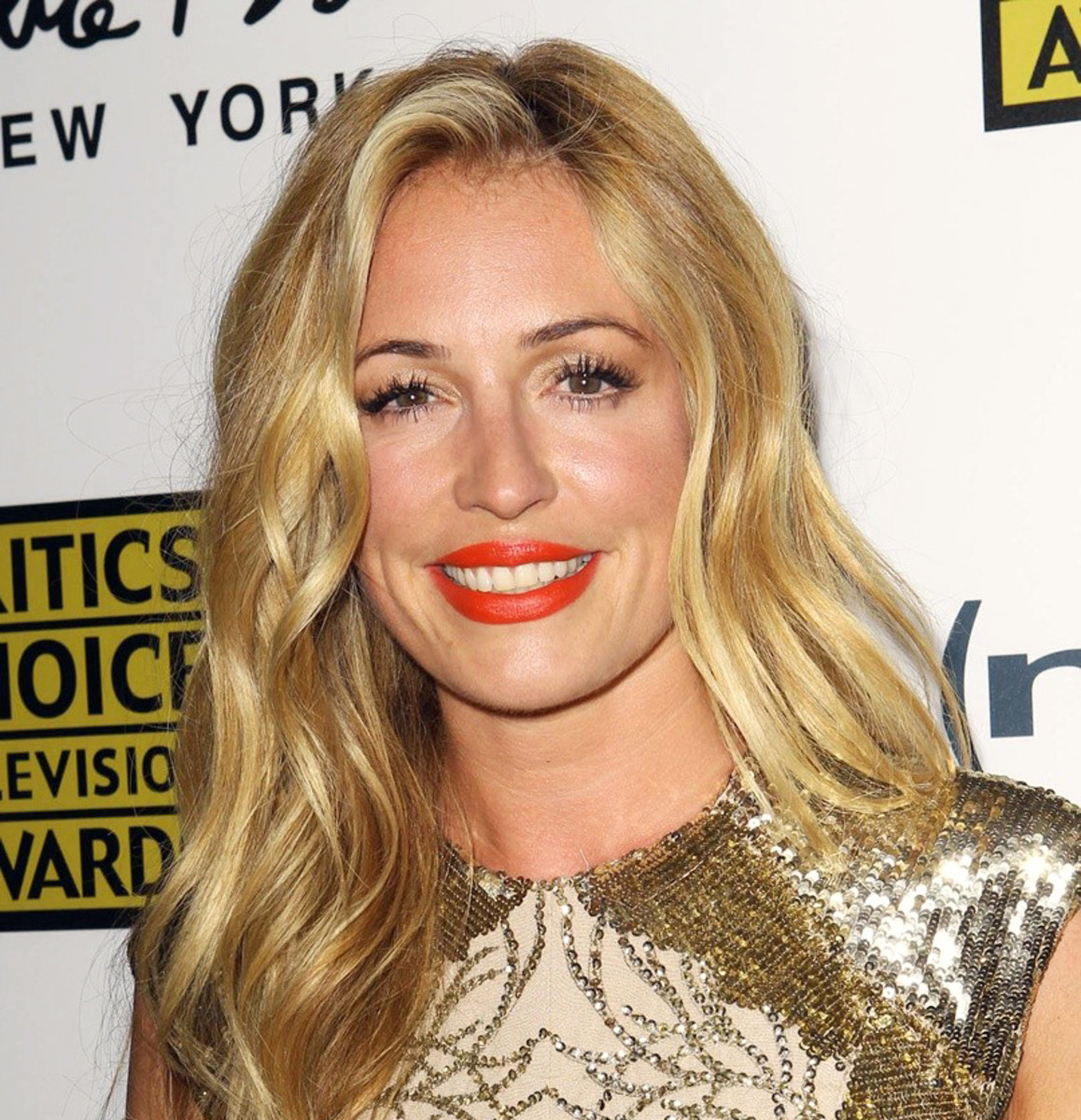 Cat Deeley sets hair on fire_but not here at the 3rd Annual Critic Choice Awards.jpg