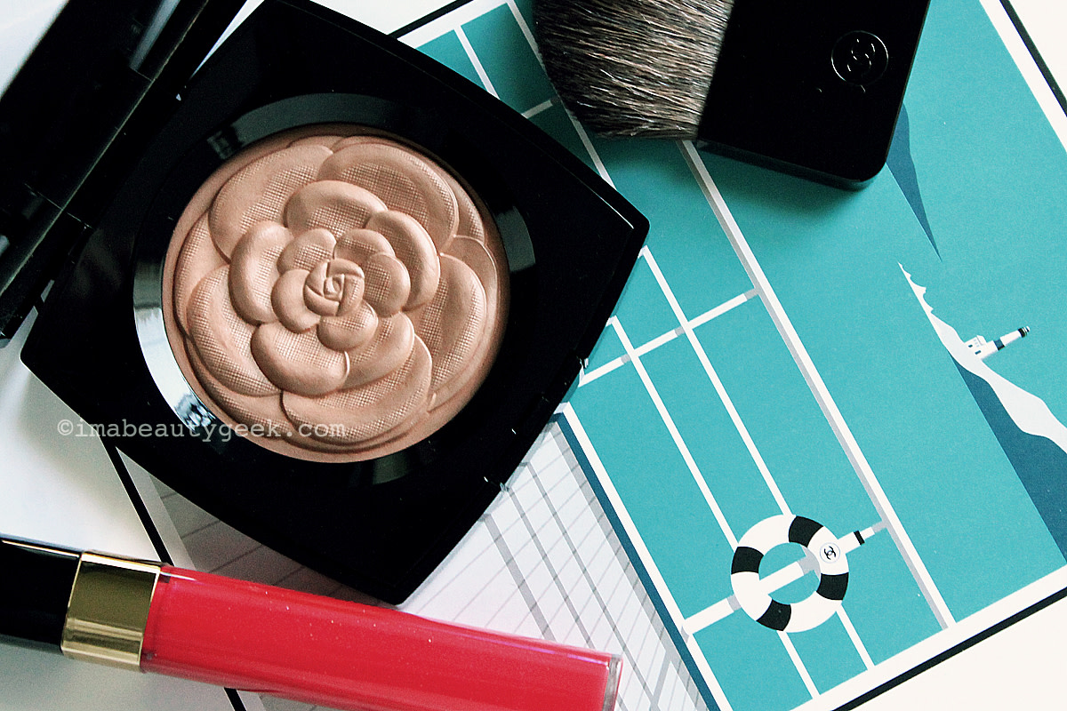 Chanel Summer 2015 Mediterranee: Lumiere d'ete illuminating powder and Glossimer Rose Paradis