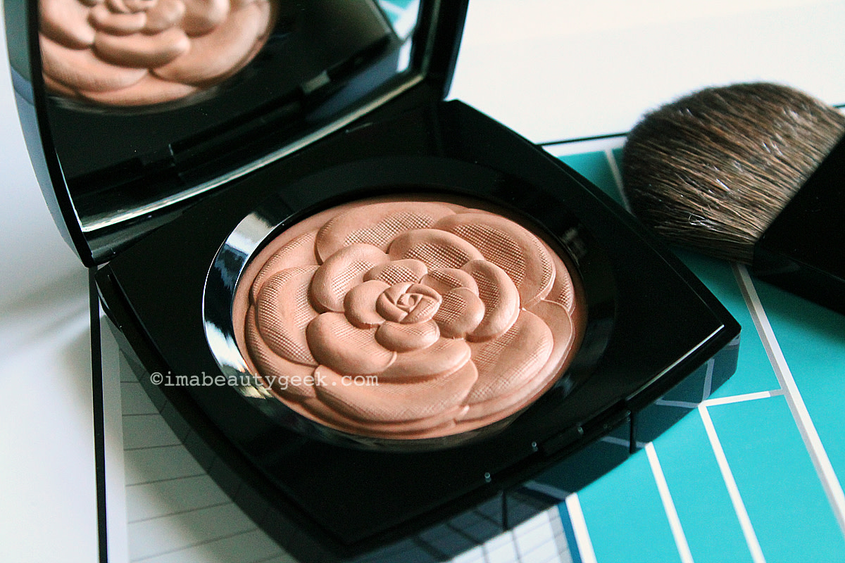Chanel Lumiere d'Ete Illuminating Powder from the Collection Mediterranee