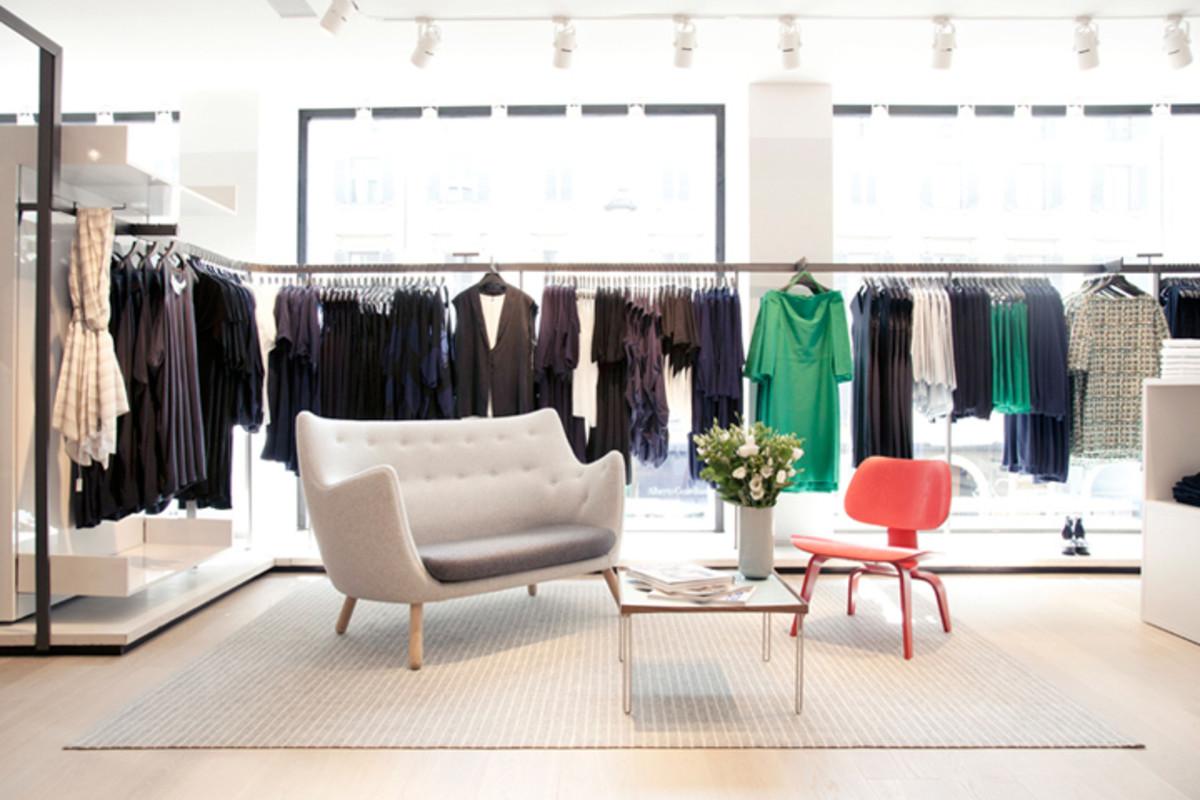 COS Canada_Milan retail space