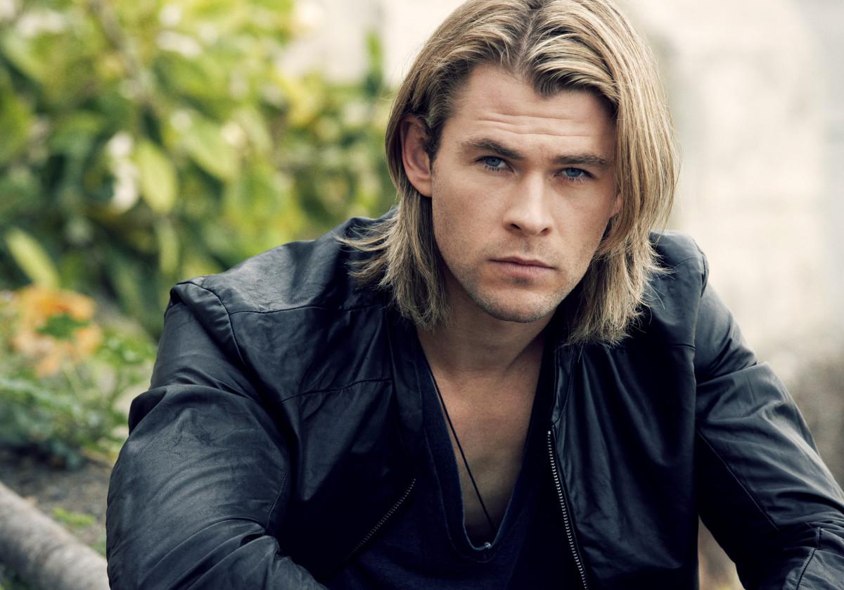 Chris Hemsworth or the Biore Charcoal Bar_shower tingles