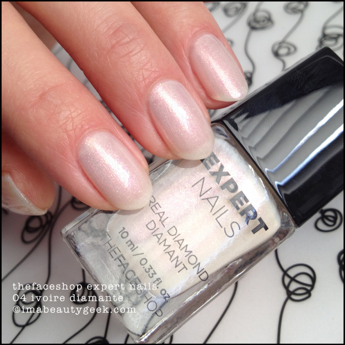 TheFaceShop Expert Nails 04 Ivoire Diamante Swatch