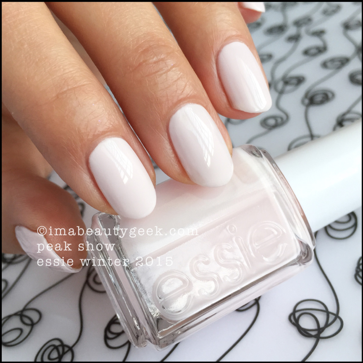 Essie Winter 2015 Collection_Essie Peak Show