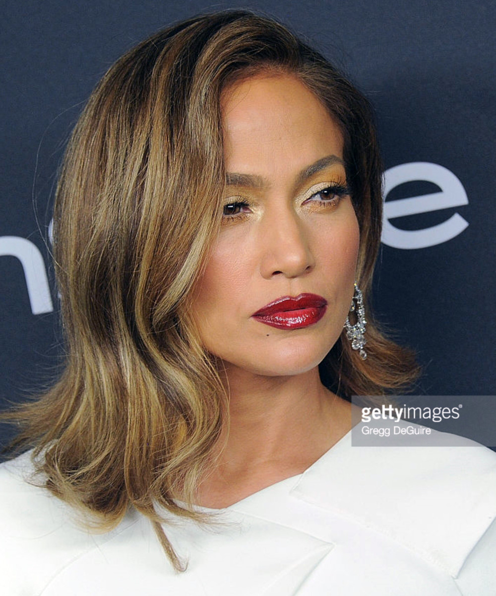 Jennifer Lopez at the 2016 Golden Globes after-party – her hair looks better here with that wave.