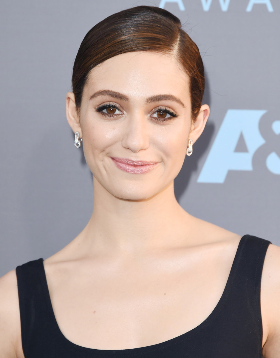 Emmy Rossum: 2016 Critics Choice Awards, makeup by Jo Baker