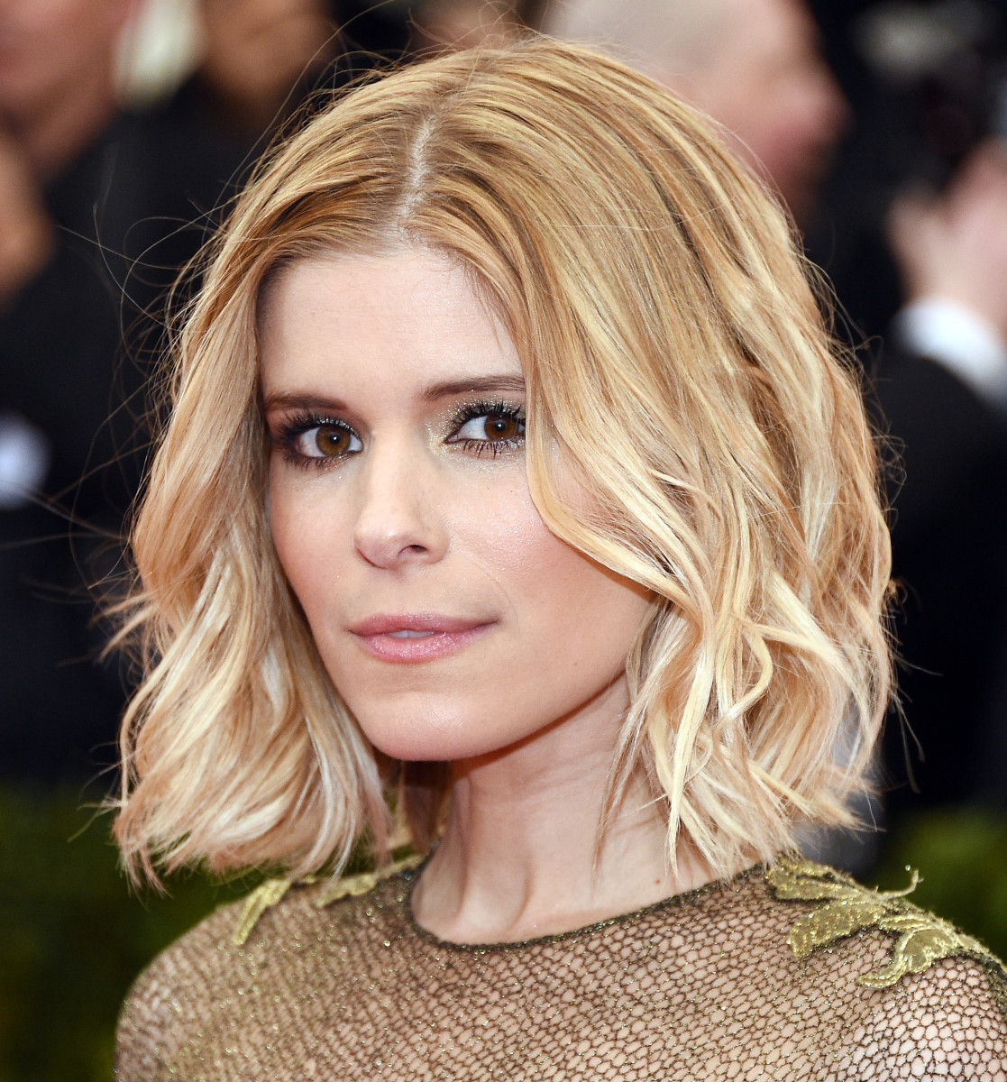 how to create textured waves: Kate Mara inspiration