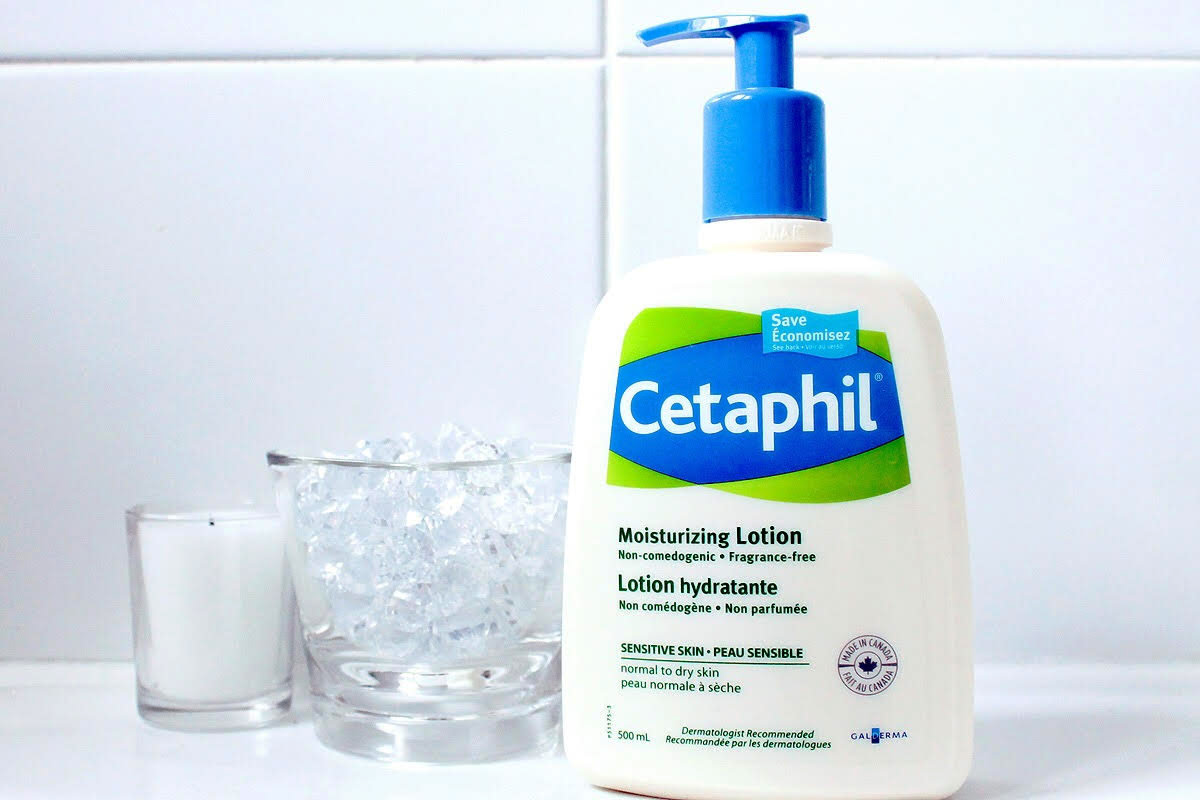 Eczema skincare: Cetaphil Moisturizing Lotion in a handy, dandy pump
