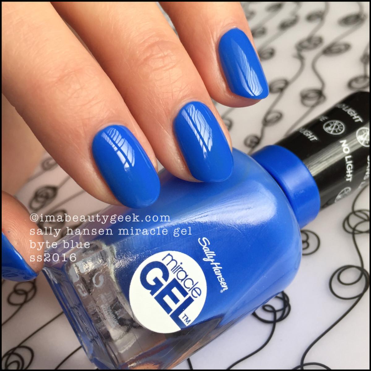Sally Hansen Miracle Gel Byte Blue_Sally Hansen swatches