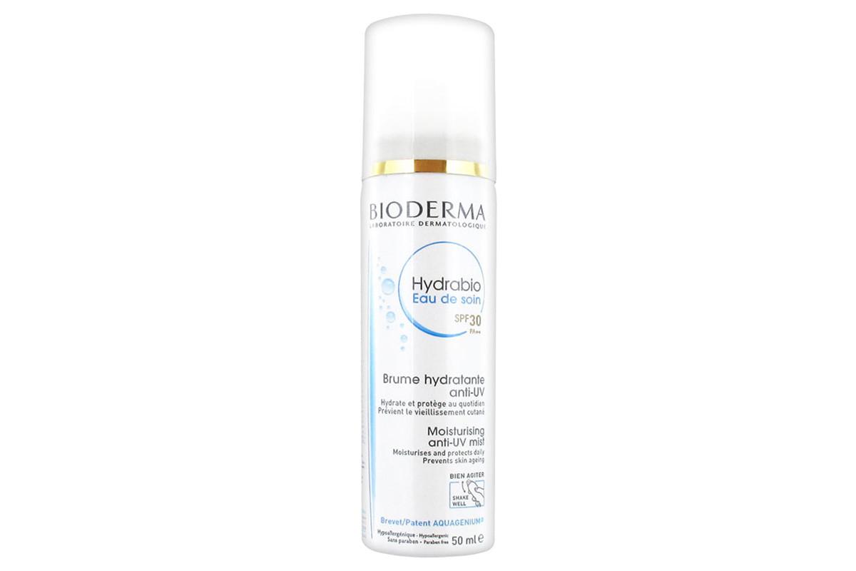 Sunscreen we can apply over makeup: Bioderma Hydrabio Eau de soin SPF 30 Moisturizing Anti-UV Mist