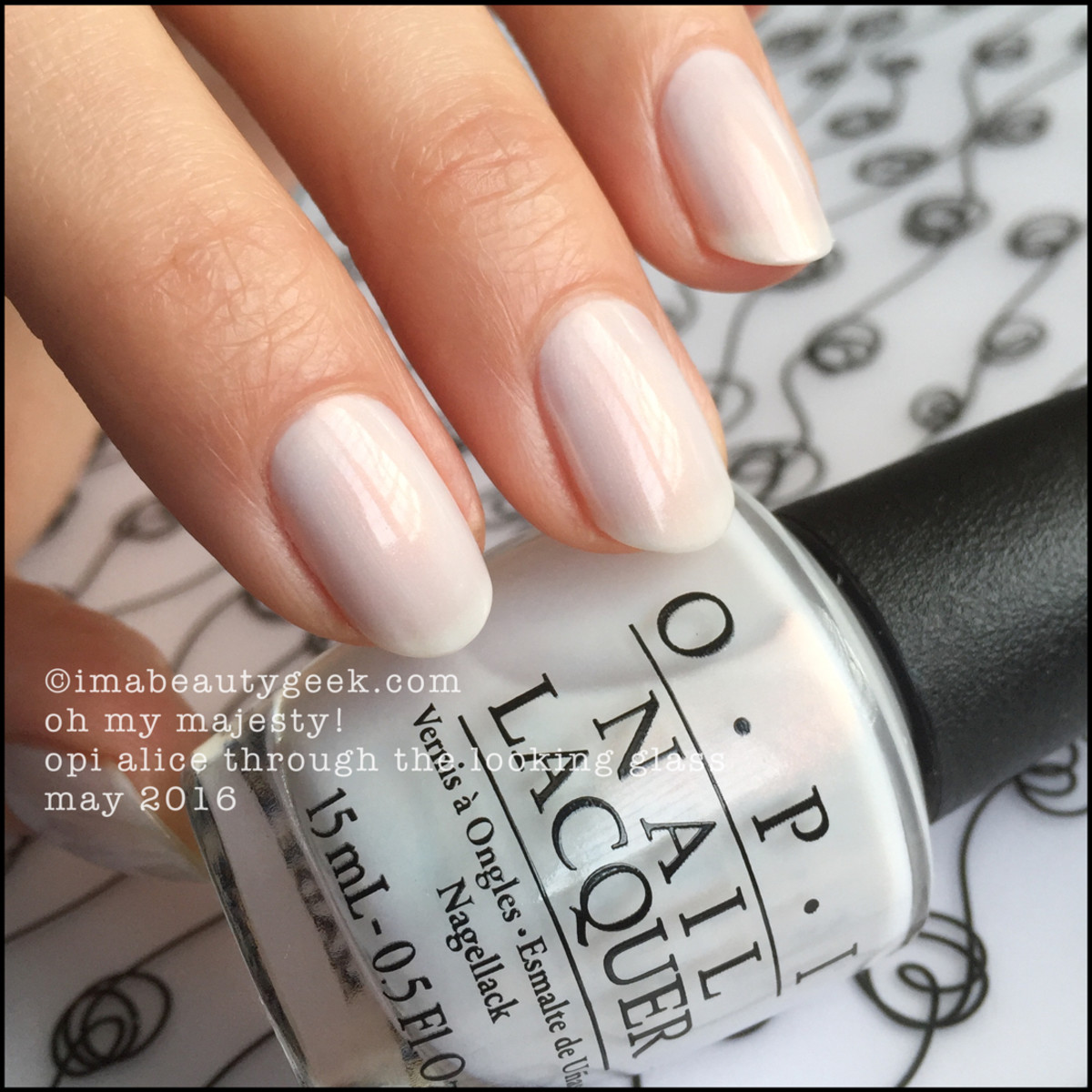 OPI Oh My Majesty_OPI Alice Through the Looking Glass 2016