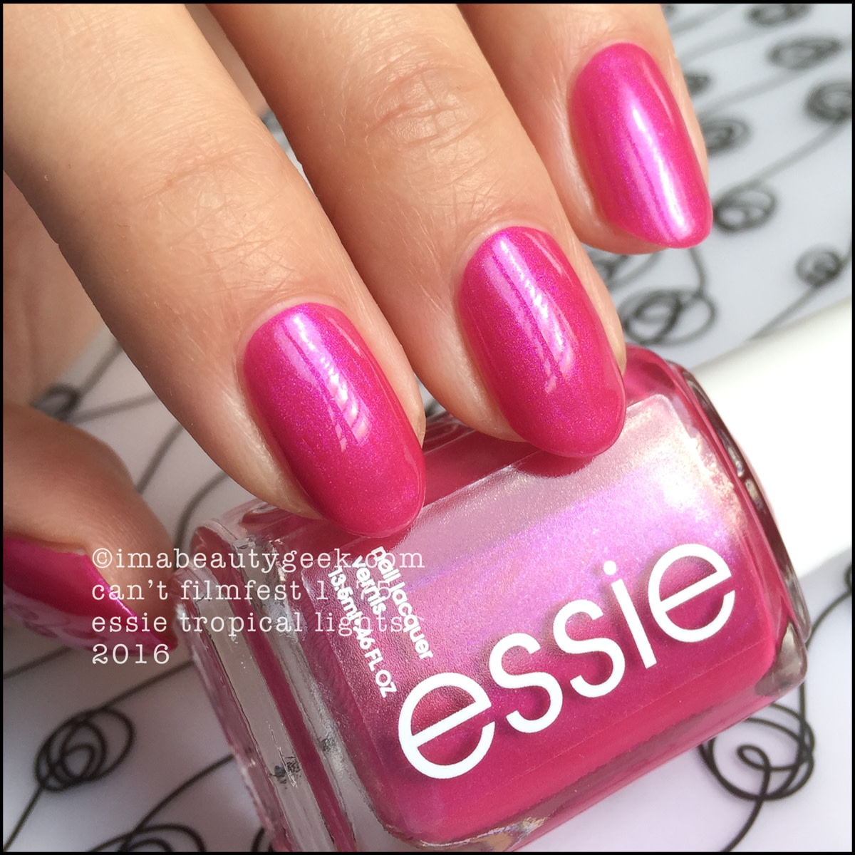 Essie Cant Filmfest 1175_Essie Tropical Lights 2016 Collection