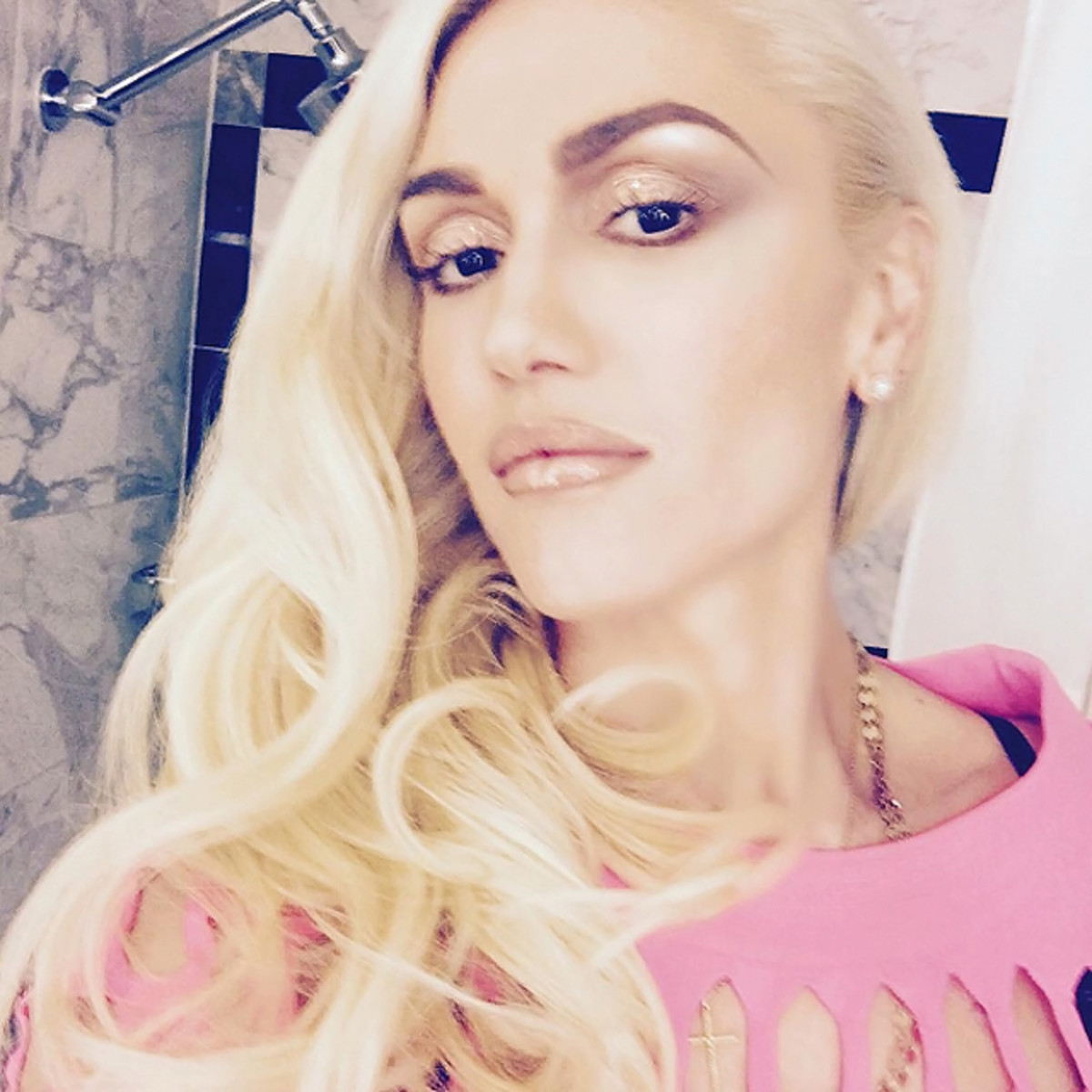 Gwen Stefani selfie after the 2016 Billboard Music Awards