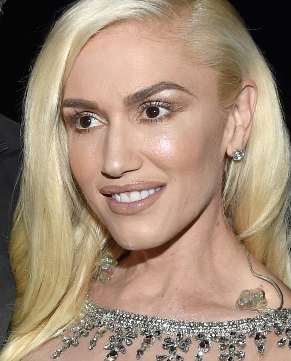 Gwen Stefani's 2016 Billboard Music Awards makeup: yes or no?