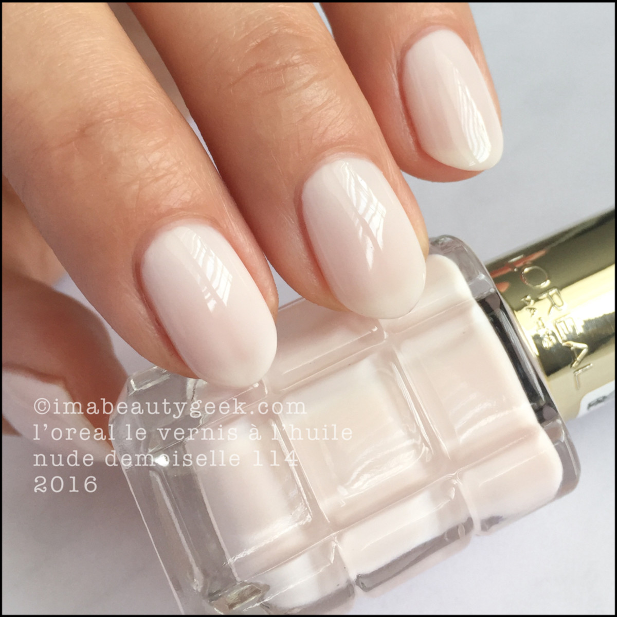 LOreal Nude Demoiselle 114_LOreal Vernis a LHuile Nail Polish Swatches