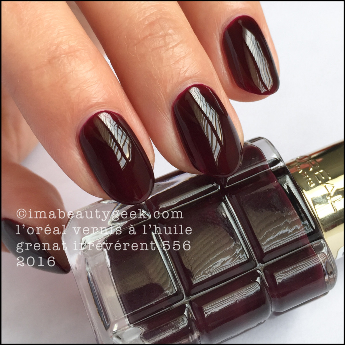 LOreal Vernis a LHuile Nail Polish Swatches_LOreal Grenat Irreverent 556