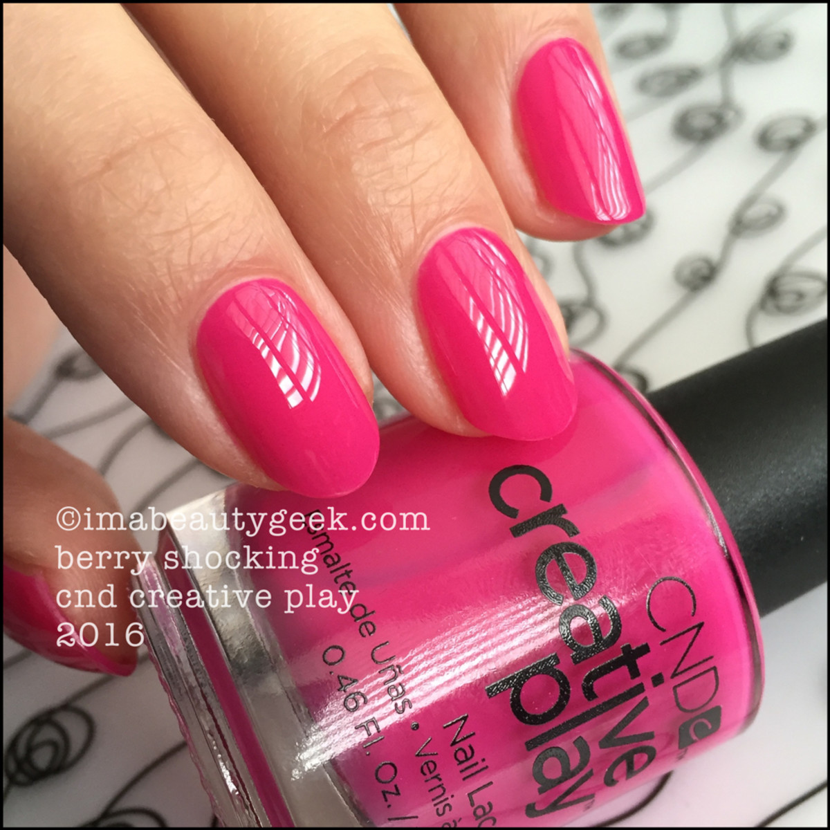 CND Creative Play Berry Shocking_Creative Play Nail Polish Lacquer