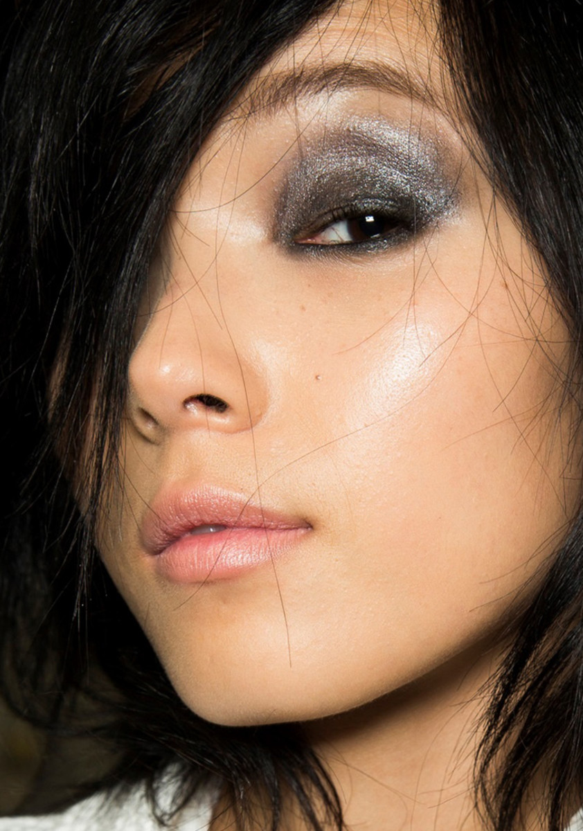 smudgy smokey eyes_lid