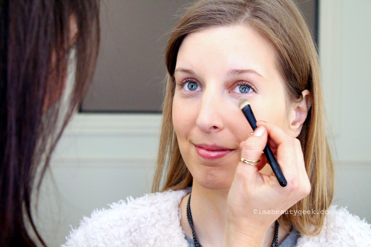 Brighter eyes fast_Carly Wolk demonstrates how to make eyes look awake with makeup
