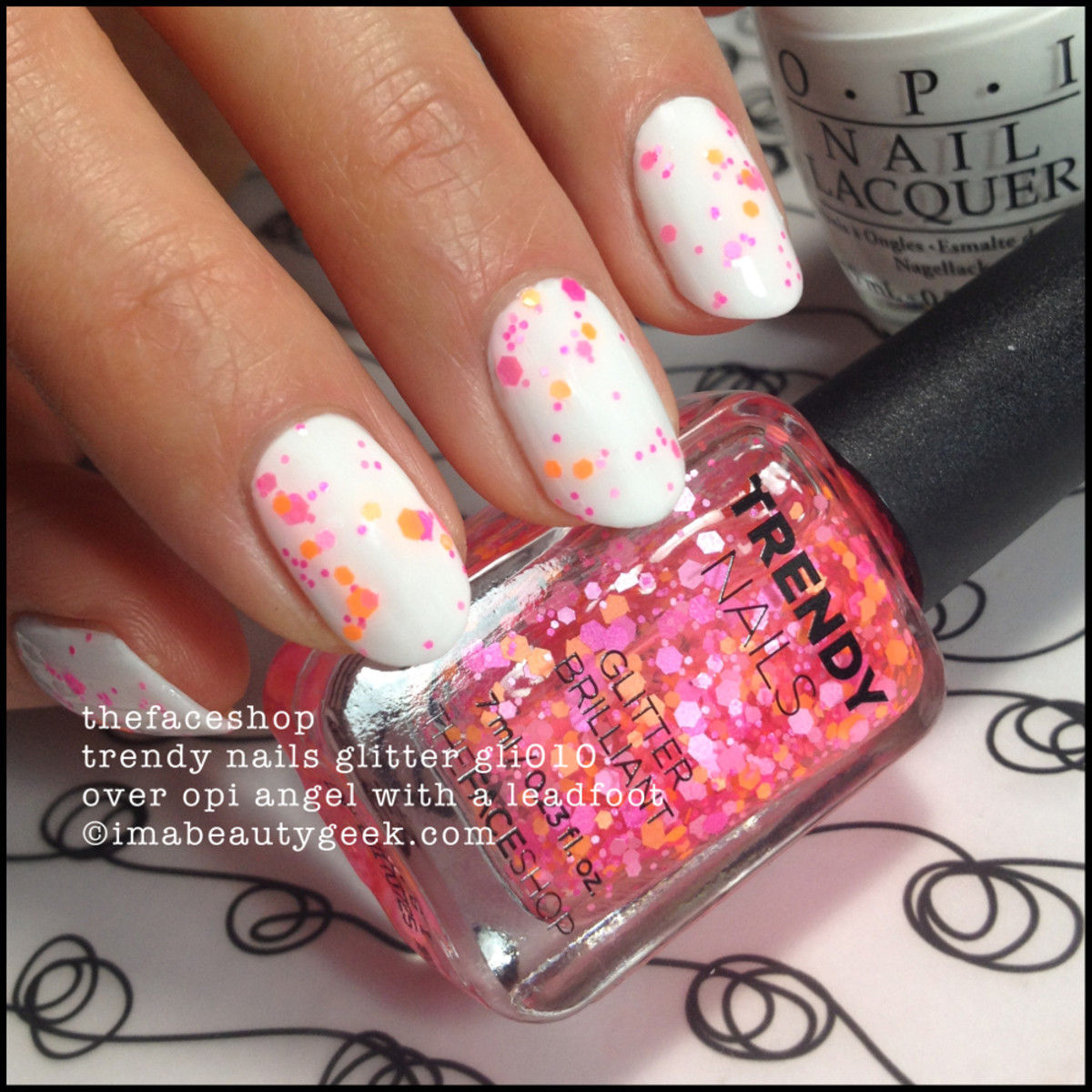 TheFaceShop Trendy Nails glitter Nail Polish GLI010