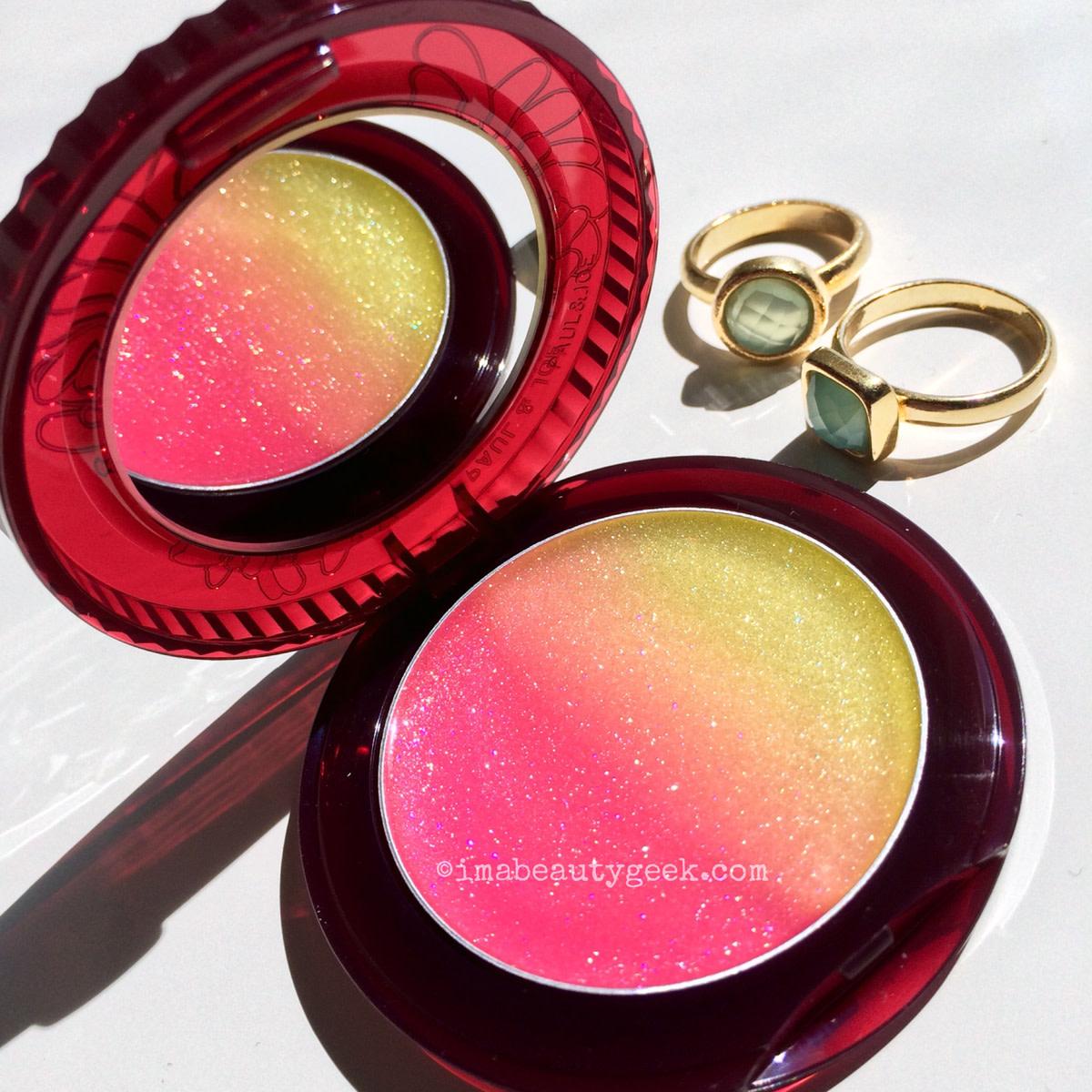 Summer lip gloss: Paul & Joe Midnight Sangria lip gloss M 02Strawberry Kiwi