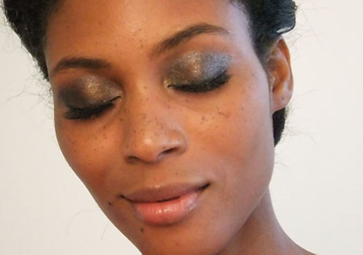 metallic smoky eyes in four steps or five