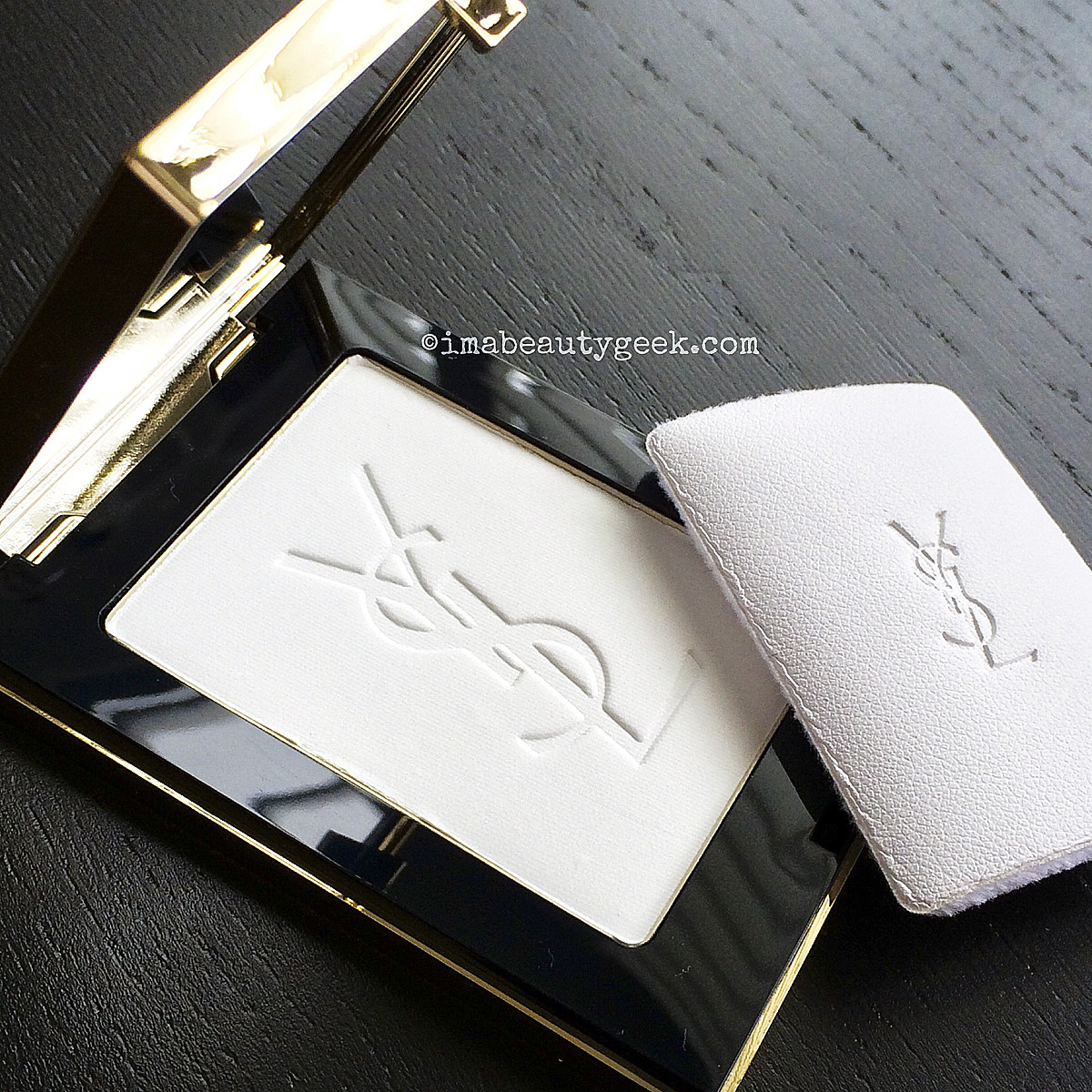 YSL Pretty Metal Fall 2015_Univeral Radiance Matte Blur Powder