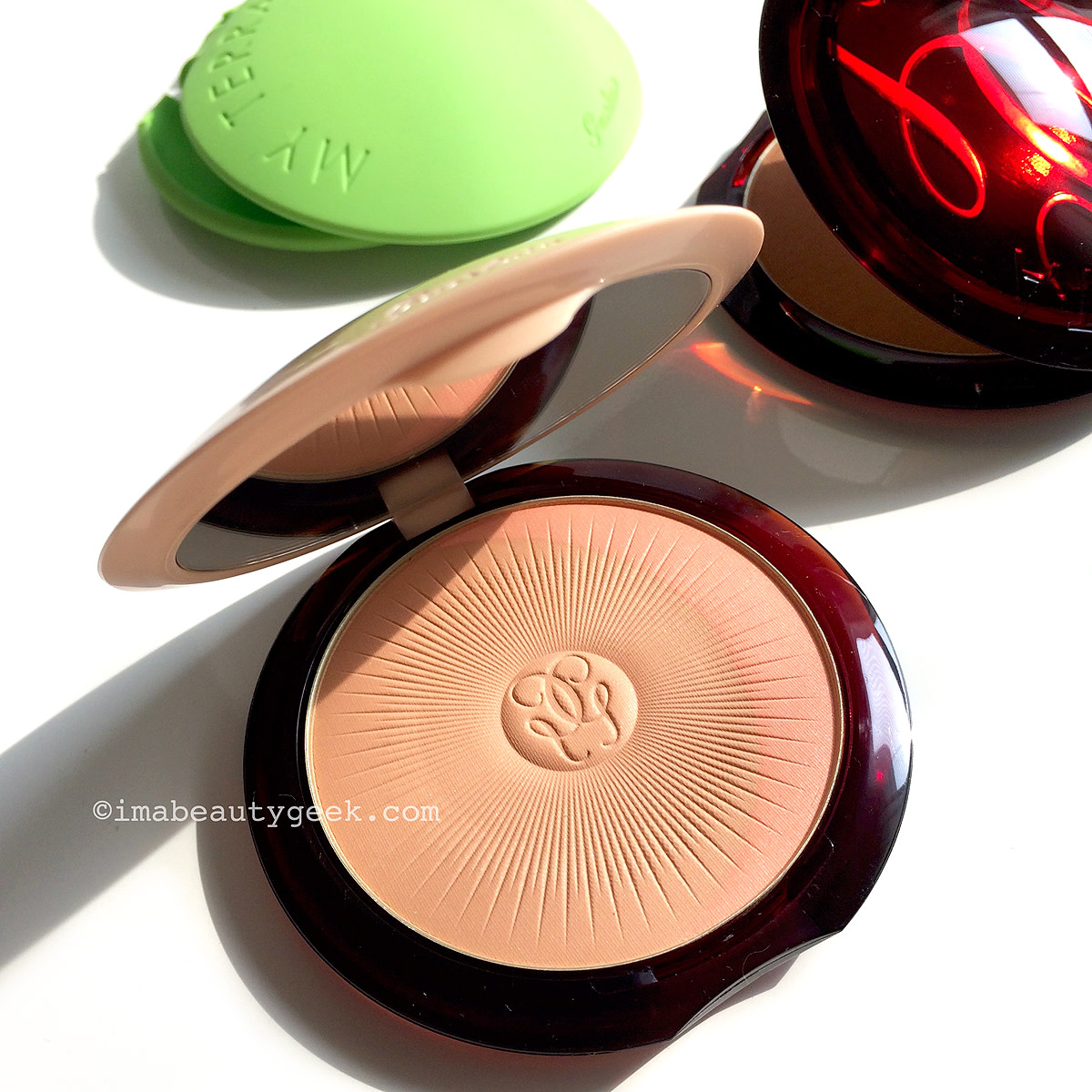 Guerlain My Terracotta green silicone sleeve_ find your best bronzer