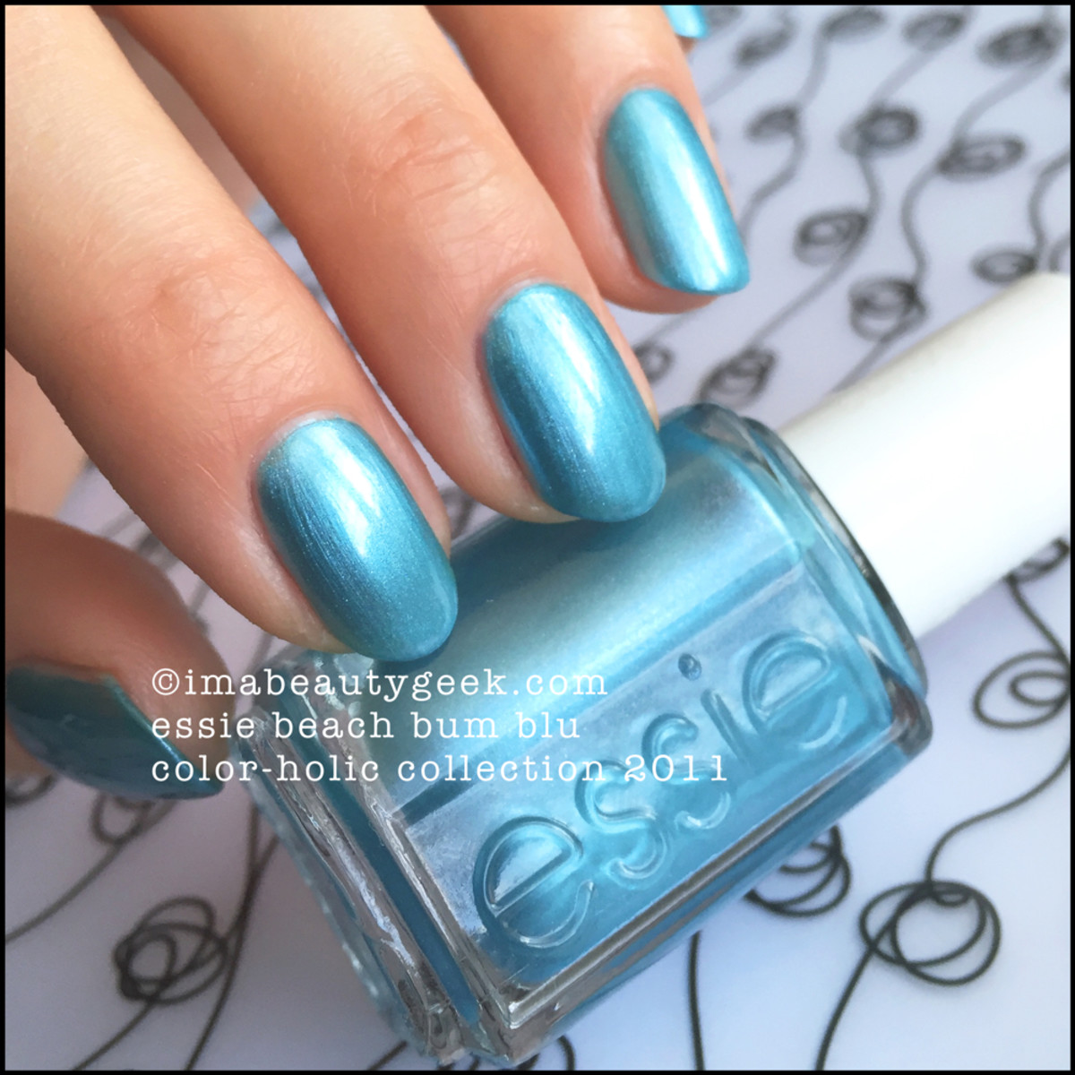 Essie Beach Bum Blu 736 Beautygeeks