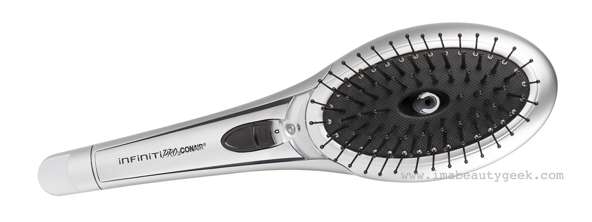 Conair The Ultimate Brush_anti-frizz and anti-static